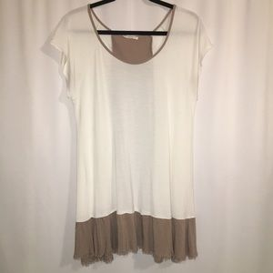 EASEL | TUNIC TOP | GREAT CONDITION